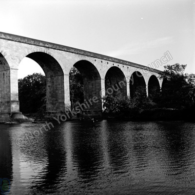 Fishing, River Wharfe, Arthington Viaduct